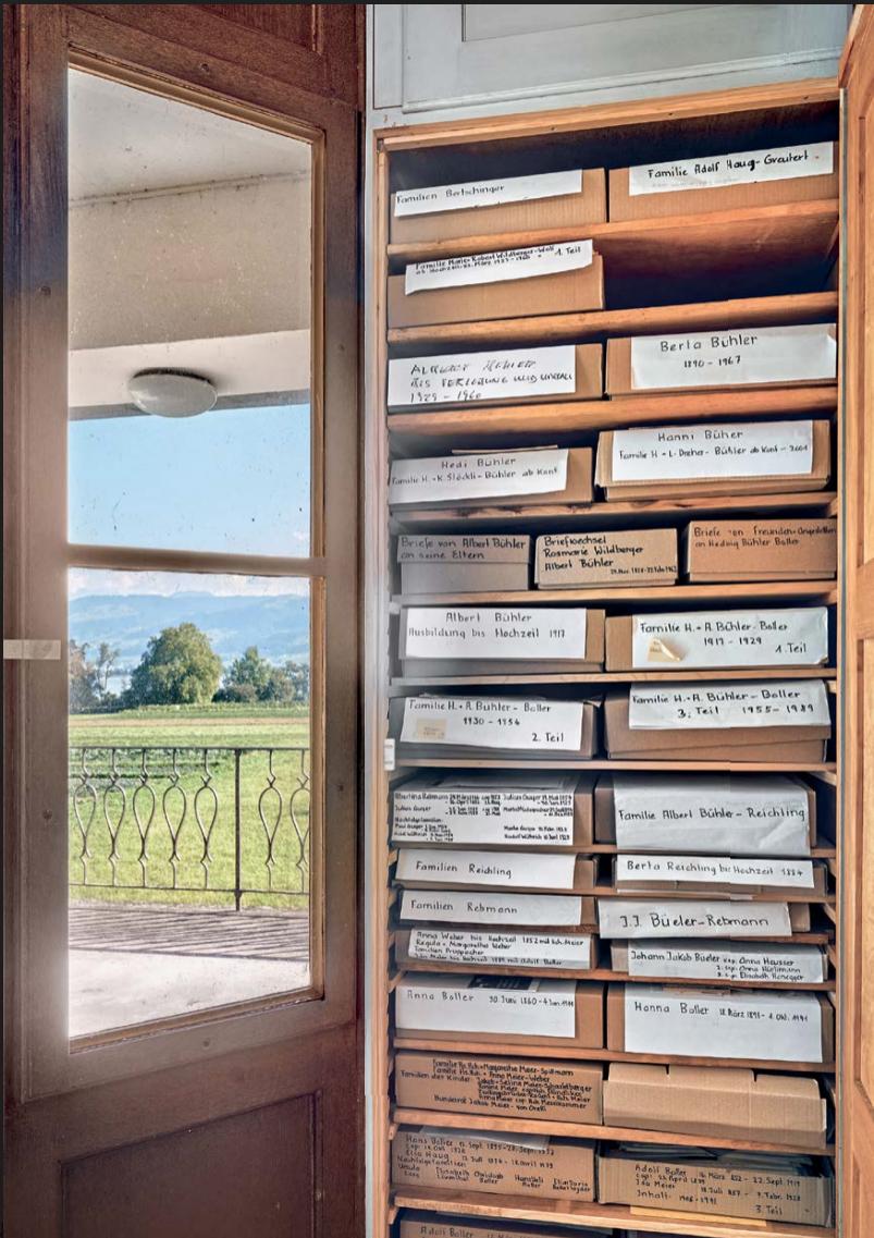 sortierte Briefe, Dokumente, Fotos im oberhaus in feldbach